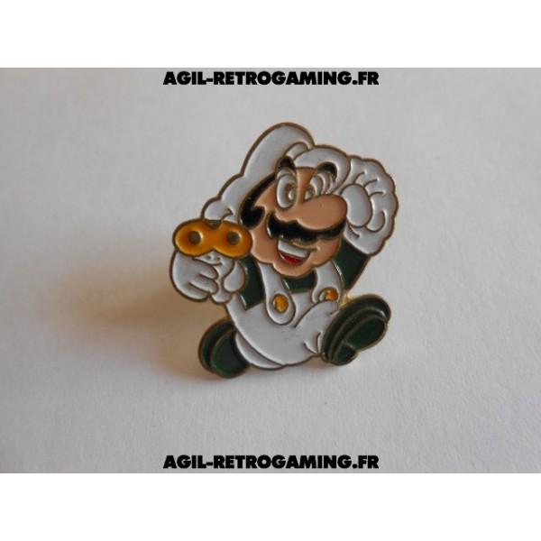 Pin's Mario Bros et son champignon