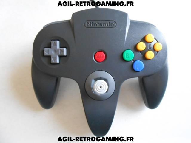 Démontage d'une manette officielle pour Nintendo 64